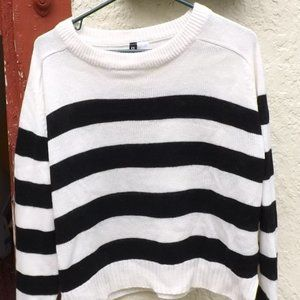 Divided Long Sleeve Striped Sweater